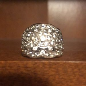 Stunning, solid, sterling silver CZ ring, size 7